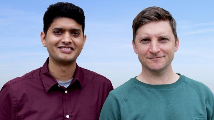 Ramprasad Ramakrishnan (försteförfattare till studien) och Marcus Järås har identifierat en av de gener som är grunden till att leukemistamcellerna överlever och förökar sig.